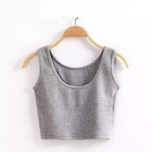 Tops - Gray crop top one size fits most